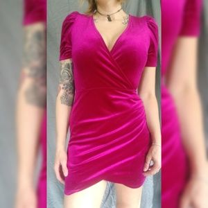 WILD FABLE Fuschia velour dress